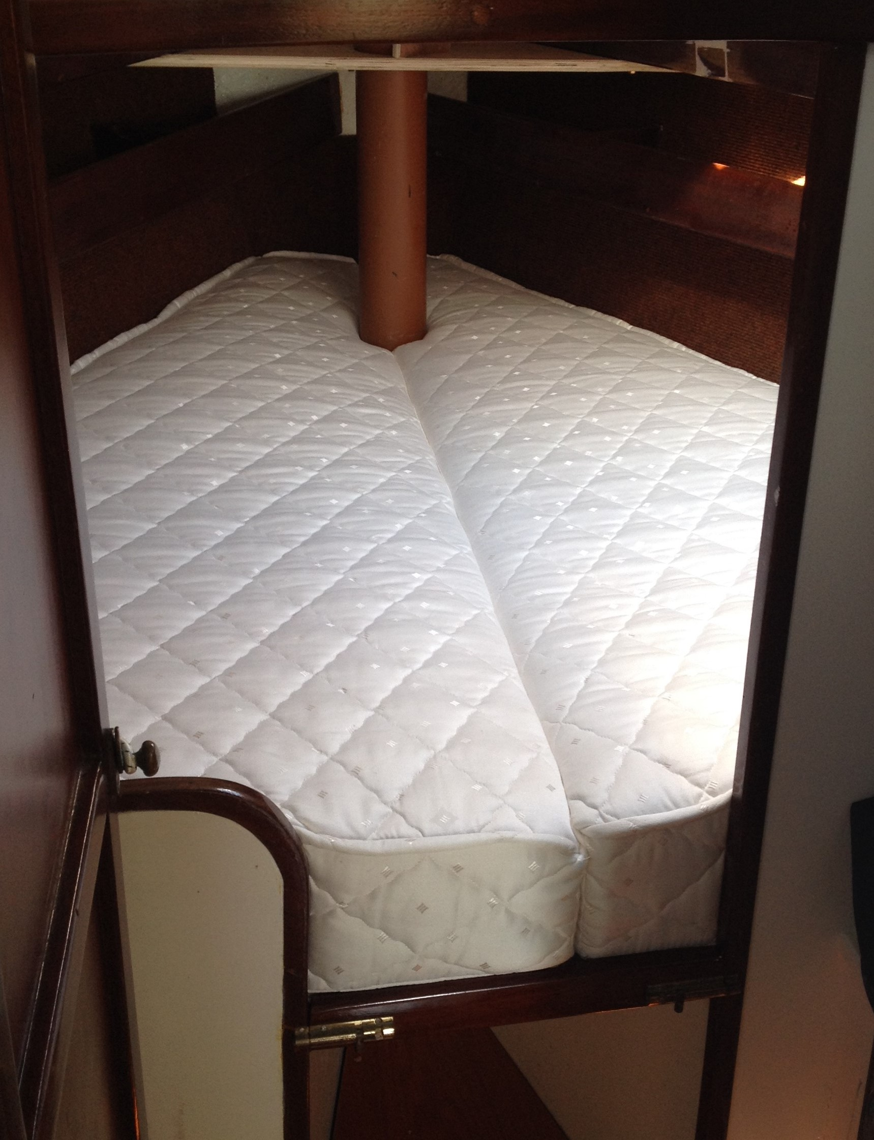 mattress with pipe for web 2